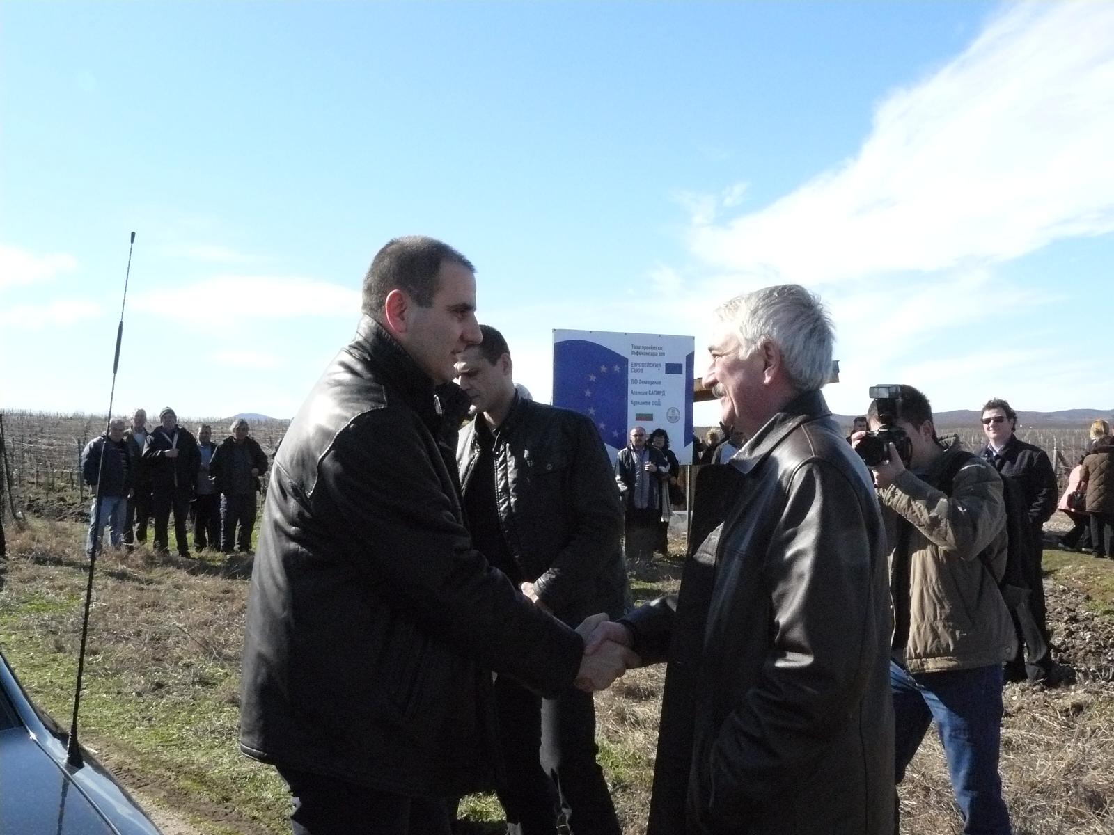 Министър Цветанов заряза ритуално в Любимец