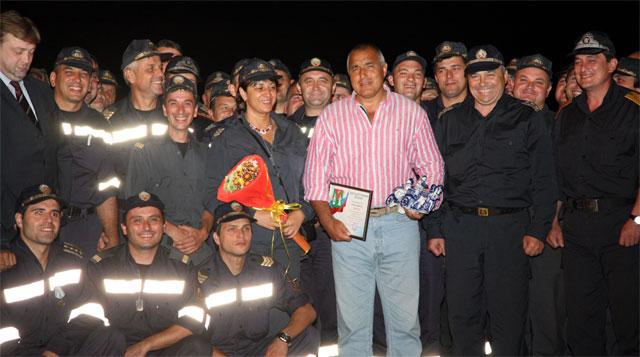 Нашите пожарникари се завърнаха от Русия