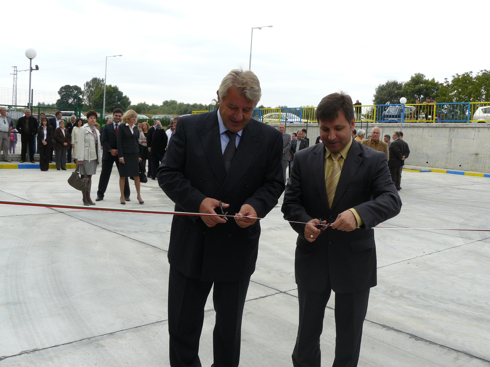 Областният, Фори и кметът пуснаха газта в Свиленград