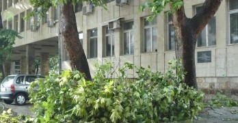 Д-р Божинова поема временно поликлиниката