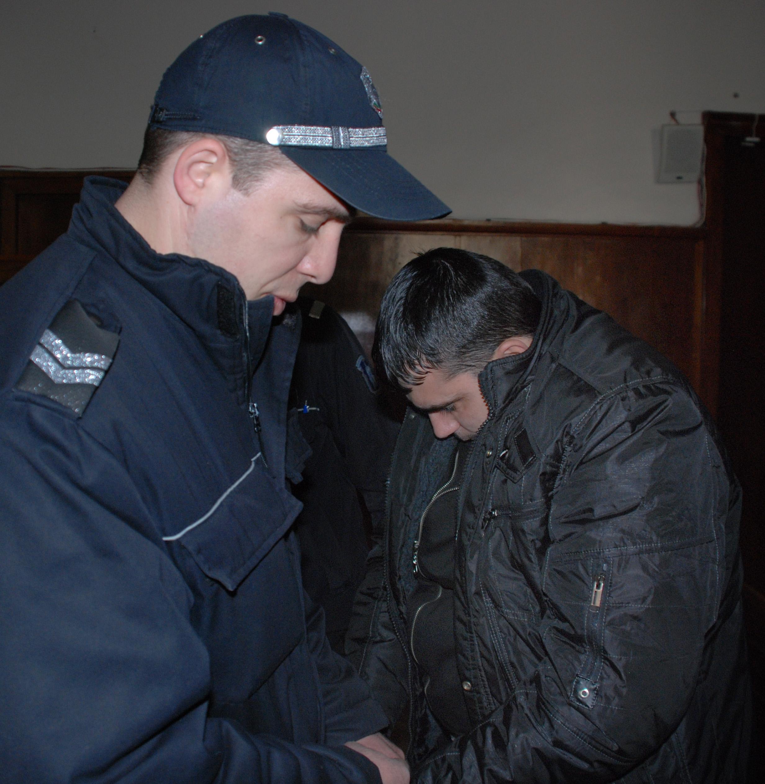 Съдът пусна под домашен арест граничаря с подкупа