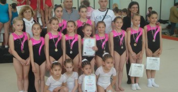 Момичетата на Огнянка Петрова безапелационни на Държавното първенство по спортна гимнастика за Южна България