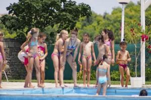 След успешния спортен сезон гимнастичките ни са сред най-активните на градския басейн
