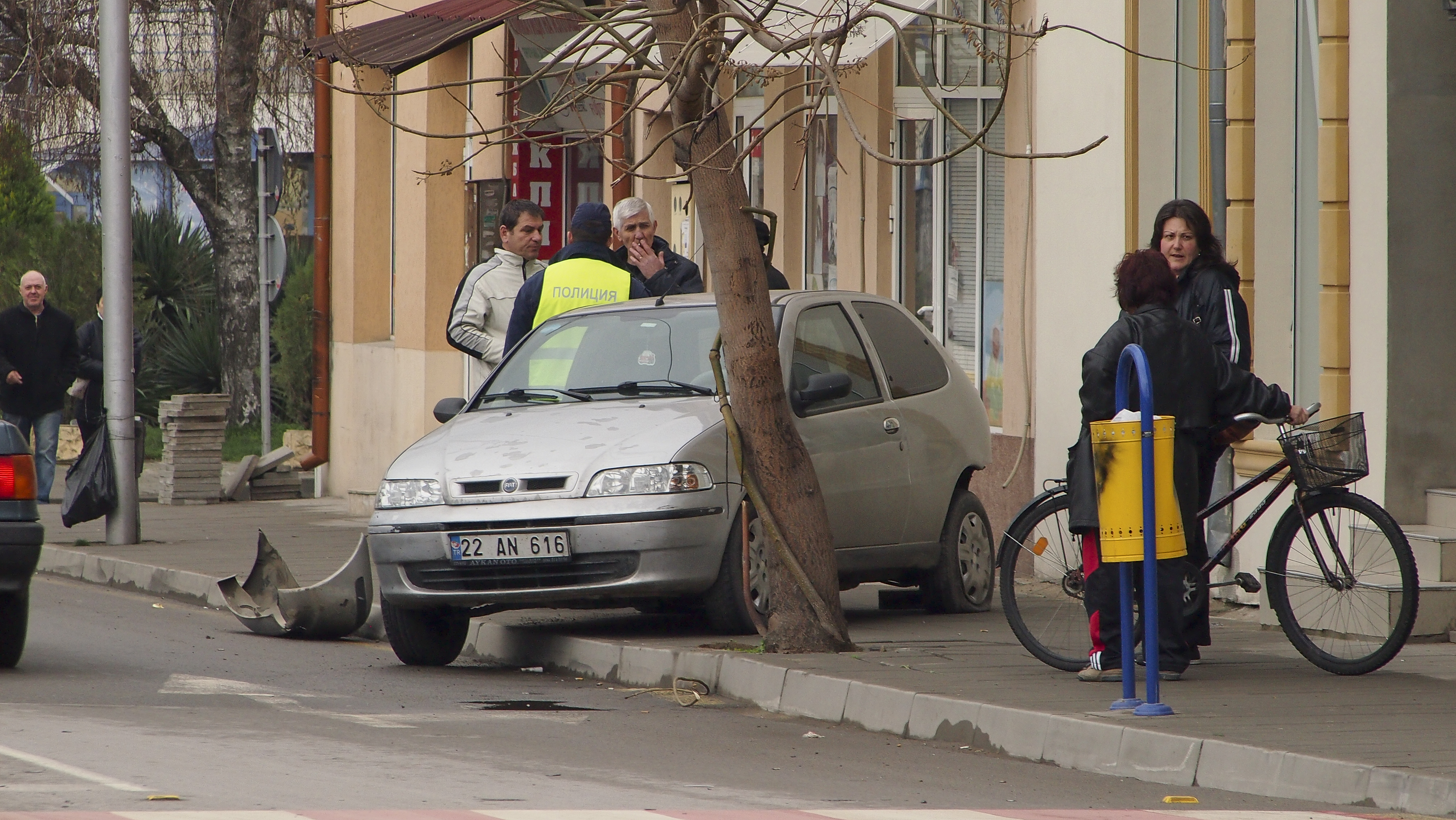Пил шофьор предизвика катастрофа на светофар