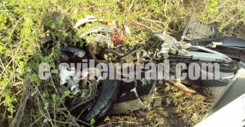 Мотоциклетист пострада сериозно при катастрофа с камион