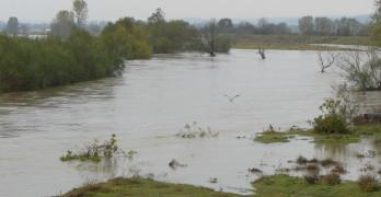 Помпената станция в Момково отново е залята, в 14 села няма вода