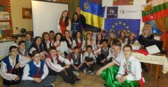 Наши ученици се срещнаха с украинци в Банско
