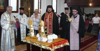 С дарение на свети мощи църквата на Гарата посреща храмовия си празник