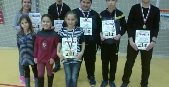 Пет медала за децата от свиленградската шахматна школа