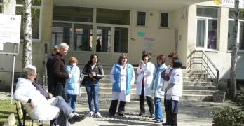 Свиленградските лични лекари излязоха на протест