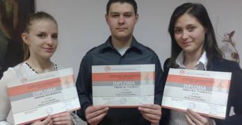 Нов успех постигнаха младите свиленградски музиканти Симона Мавродиева и Здравка и Николай Василеви