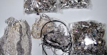 Задържаха близо 1,5 кг контрабандни висококачествени сребърни накити