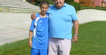 Иван Пехливанов с по-малкия си син Калоян
