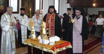 """Върнаха отец Януарий в """"Св. Йоан Рилски Чудотворец"""""""