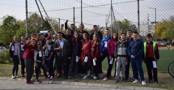 Младежи премериха знания в луда надпревара из Свиленград