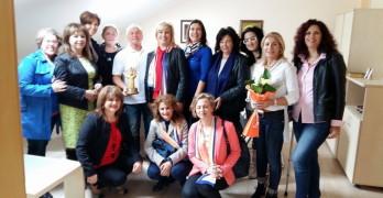 """Лайънс клуб """"Свилена"""" отличи МБАЛ – Свиленград със специален приз"""