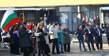 Рок музика и кулинарни изкушения на Еко Коледата в Мезек