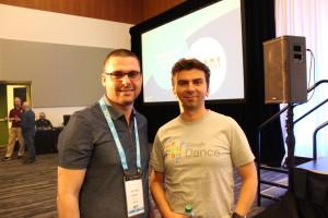 на сн, Никола Минков (отляво) и изпълнителният директор на Гугъл Джон Мюлер (отдясно)