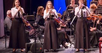 Наши тромпетисти с нови награди от конкурс, свирят под палката на италиански диригенти