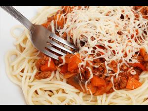 Има сведения, че рецептата за пастата е била пренесена в Италия от Марко Поло след пътешествието си до Китай