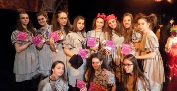 """""""Златните момичета"""" с покана за участие в Балканската танцова надпревара в Ниш"""