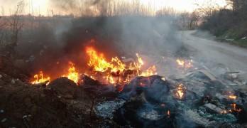 Горящи гуми отново тровят Свиленград