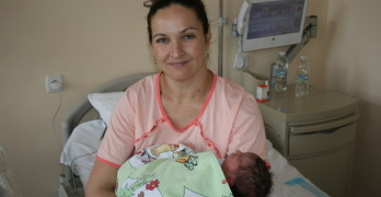 Момче е първото бебе за 2018 година в Свиленград