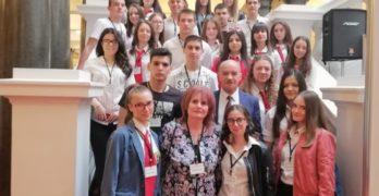 """Свиленградският """"Дискусионен клуб"""" влезе в Народното събрание"""