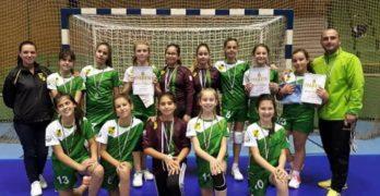 """12-годишните """"амазонки"""" са вицешампионки на България"""