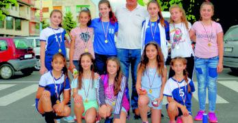 """ВК """"Любимец 2010"""" трети на финално първенство по волейбол"""