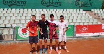 "Денислав печели на двойки ""Sport Palace Cup"""