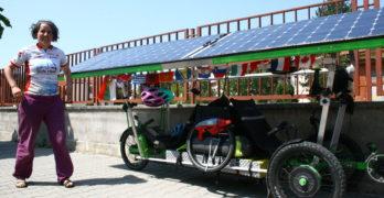 Канадци пристигнаха в Свиленград със…слънчево колело