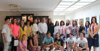 Кметът Георги Манолов се срещна с младежи от различни европейски държави