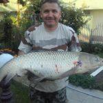 Заклет рибар вади за минути голям екземпляр край Свиленград