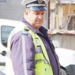 Уволниха полицая, несанкционирал бащата на президента
