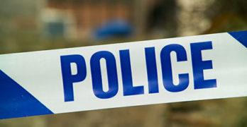 Полицаи задържаха крадеца на трактор в Студена, двама каналджии и 36 незаконни имигранти