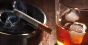 Спипаха 3 стека цигари на магистралата и 300 литра ракия в Ивайловград