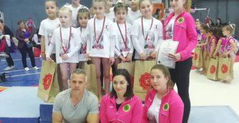 Гимнастичките направиха първо състезание без Огнянка Петрова