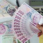 Над 330 000 лири, на пачки, открити в дамска чанта