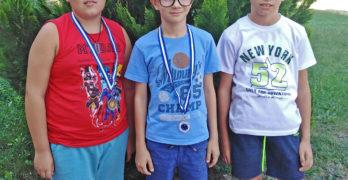 Свиленградските шахматисти със сребро и бронз от турнир по ускорен шах