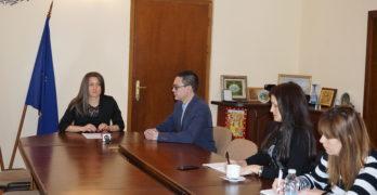 """В Деня на родилната помощ стартира процедурата за кандидатстването на двойки с репродуктивни проблеми от кампанията """"За повече деца в България."""""""