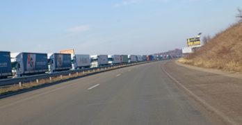 Поредна катастрофа на магистралата край Свиленград. Украинец, на 5 ракии, не успя да заобиколи камион от опашката