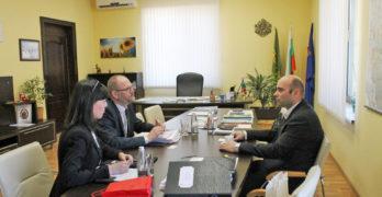 Кметът на Свиленград арх. Анастас Карчев разговаря с посланика на Кралство Дания н. пр.  Сьорен Якобсен