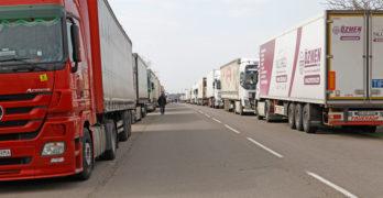 Пак камиони на магистралата край Свиленград, Турция се затвори за български шофьори