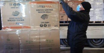 """Два камиона с маски от Турция пристигнаха на ГКПП """"Капитан Андреево"""", край Свиленград"""