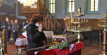 Църквите в Свиленград ще са отворени по график на Великденските празници