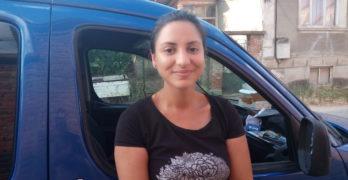 Млади свиленградчани доставиха един тон вода на нуждаещи се
