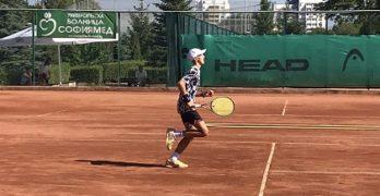 Георги Георгиев стана двоен шампион от Държавното лично първенство по тенис на открито при 14-годишните