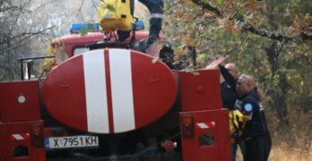 Пожарът между свиленградските села Щит и Равна гора е локализиран