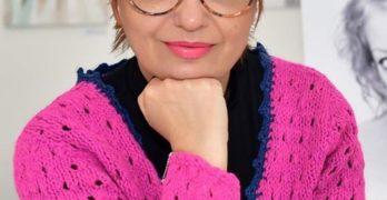 Свиленградската художничка Соня Кючукова прави изложба в Димитровград